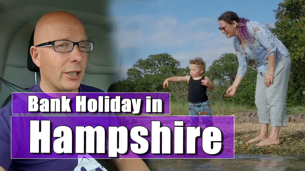 VAN LIFE UK: We go to Holly Hill Woodland Park on the Bank Holiday